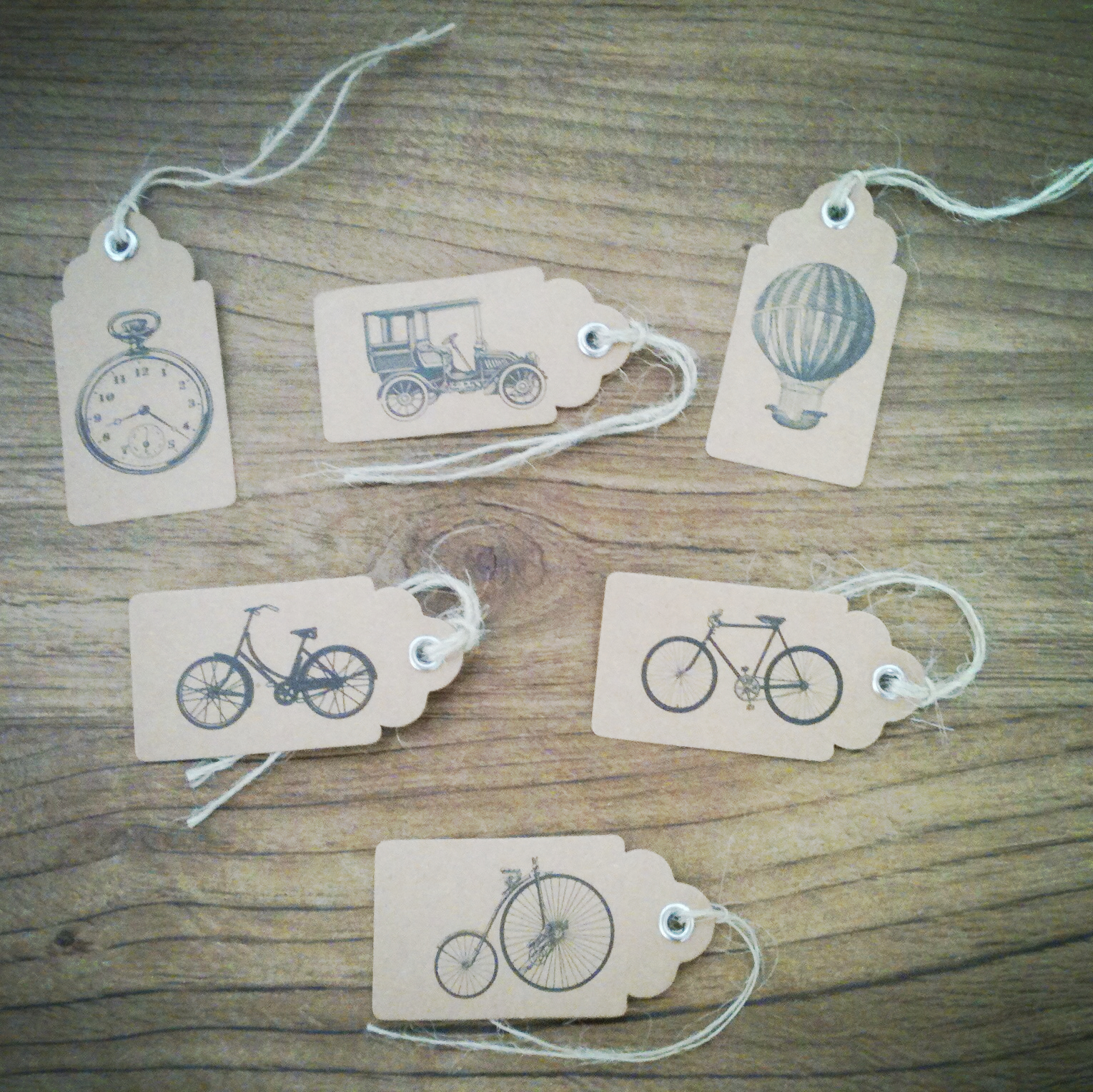 Oui Oui-etiquetas vintage bicis y viajes