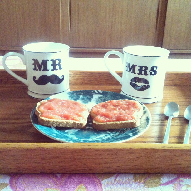 Oui Oui-tazas mr y mrs