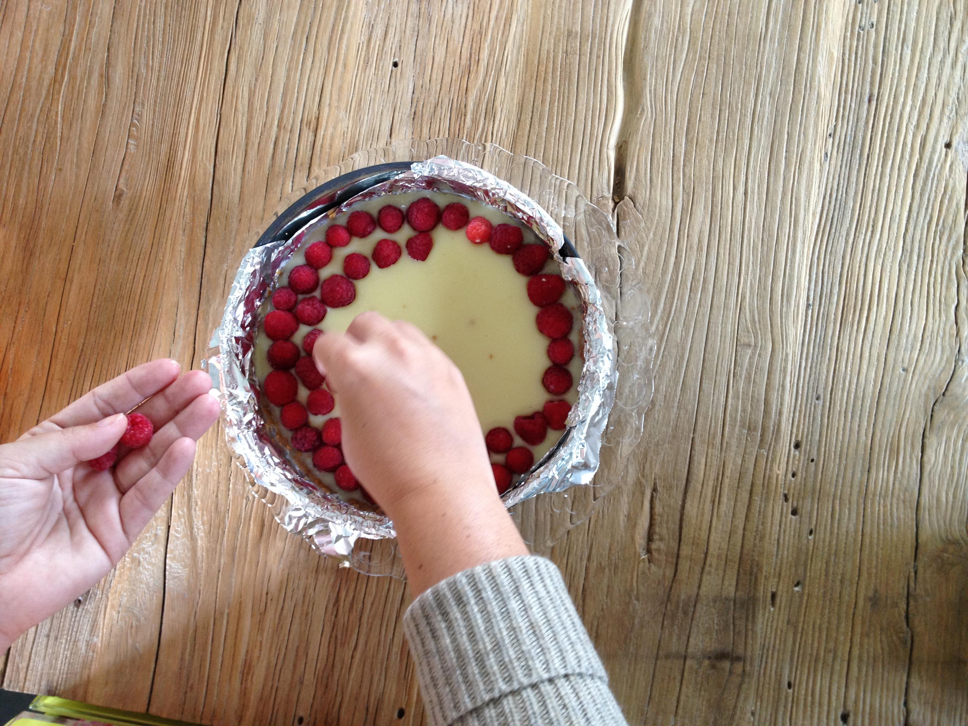 Oui Oui-tarta chocolate blanco y frambuesas-batido frambuesas (2)