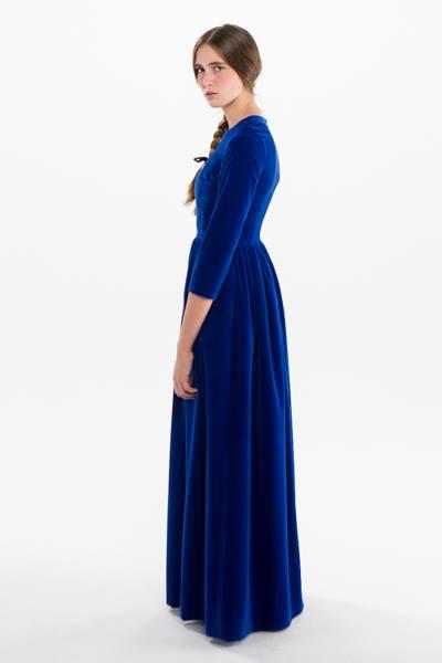 Oui Oui-invitadas de invierno-vestidos boda invierno-kolonaki-vestido azul electrico