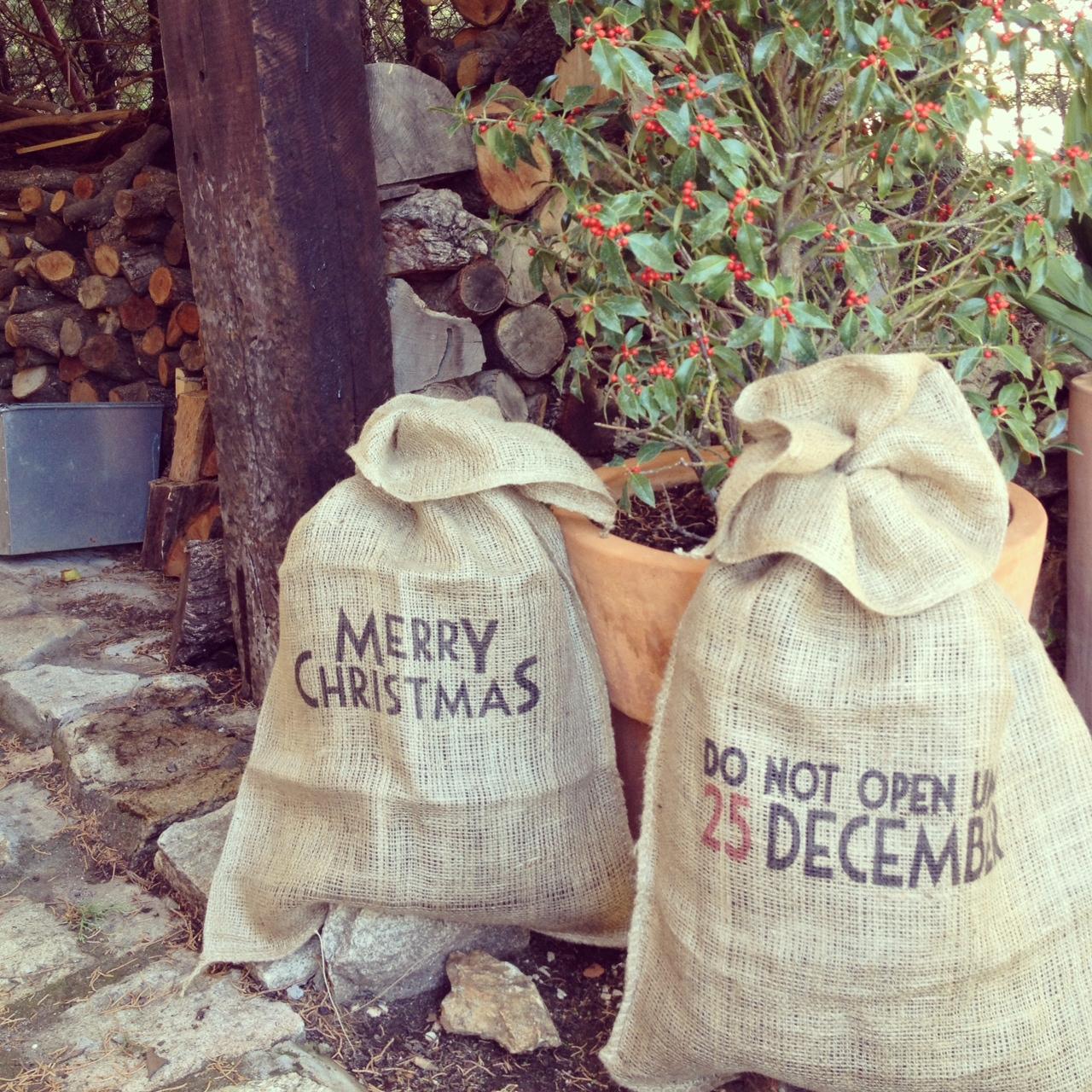 Oui Oui-sacos regalos navidad-merry christmas-no abrir antes del 25 de diciembre-abeto