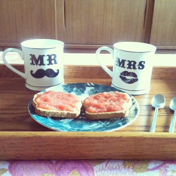 Oui Oui-tazas mr y mrs desayuno