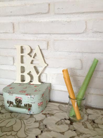 Oui Oui-babyshower mint-amarillo-letras madera bebe-letras mader baby-canutillos pancracio