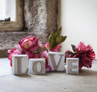 oUI oUI-CUBO madera letras LOVE