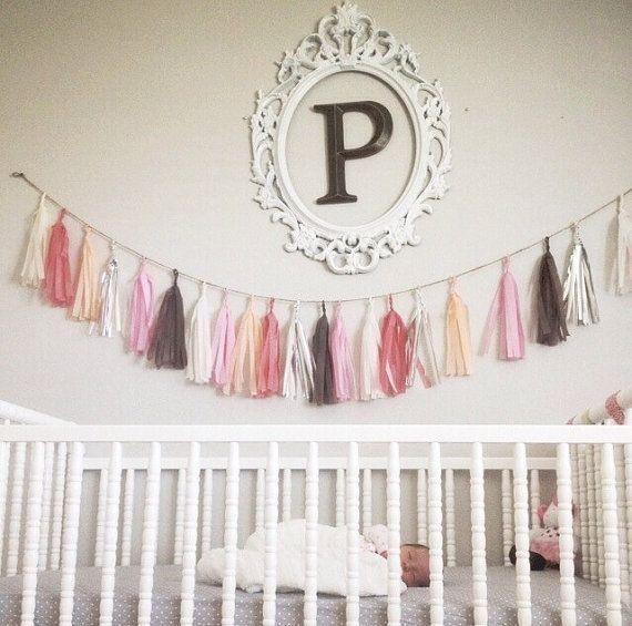 Oui Oui-decorar con guirnaldas-guirnadas de flecos-guirnaldas de borlas-tassel garlands-decoracion original boda-boda rustic chic (12)