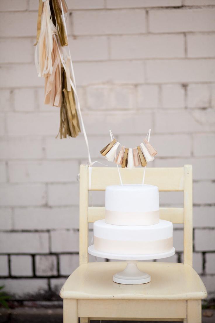 Oui Oui-decorar con guirnaldas-guirnadas de flecos-guirnaldas de borlas-tassel garlands-decoracion original boda-boda rustic chic (15)
