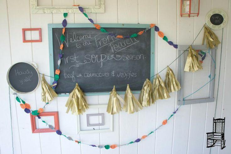 Oui Oui-decorar con guirnaldas-guirnadas de flecos-guirnaldas de borlas-tassel garlands-decoracion original boda-boda rustic chic (16)