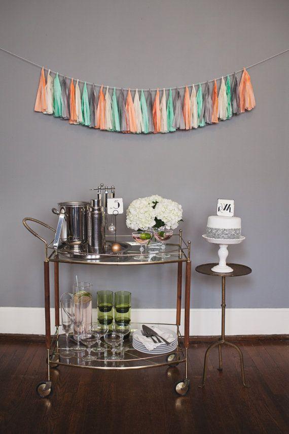 Oui Oui-decorar con guirnaldas-guirnadas de flecos-guirnaldas de borlas-tassel garlands-decoracion original boda-boda rustic chic (4)
