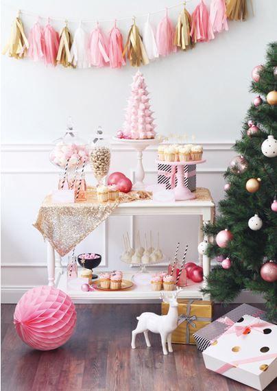 Oui Oui-decorar con guirnaldas-guirnadas de flecos-guirnaldas de borlas-tassel garlands-decoracion original boda-boda rustic chic (6)