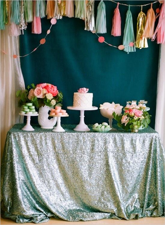 Oui Oui-decorar con guirnaldas-guirnadas de flecos-guirnaldas de borlas-tassel garlands-decoracion original boda-boda rustic chic (7)