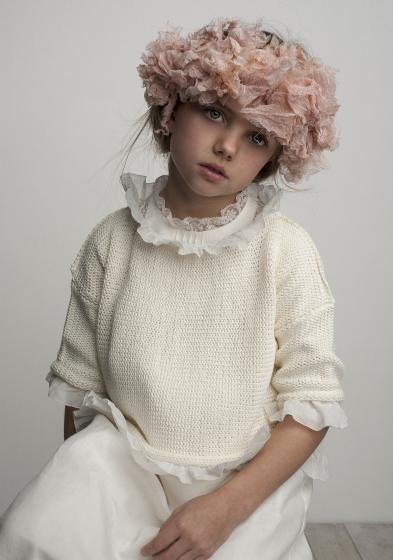 Oui Oui-vestido comunión diferente-con estilo-chic-lino-jersey comunión niña-labube