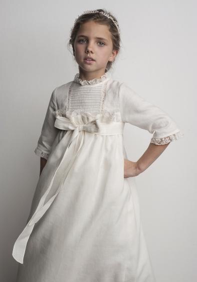 Oui Oui-vestido comunión diferente-con estilo-chic-lino-lazo-labube