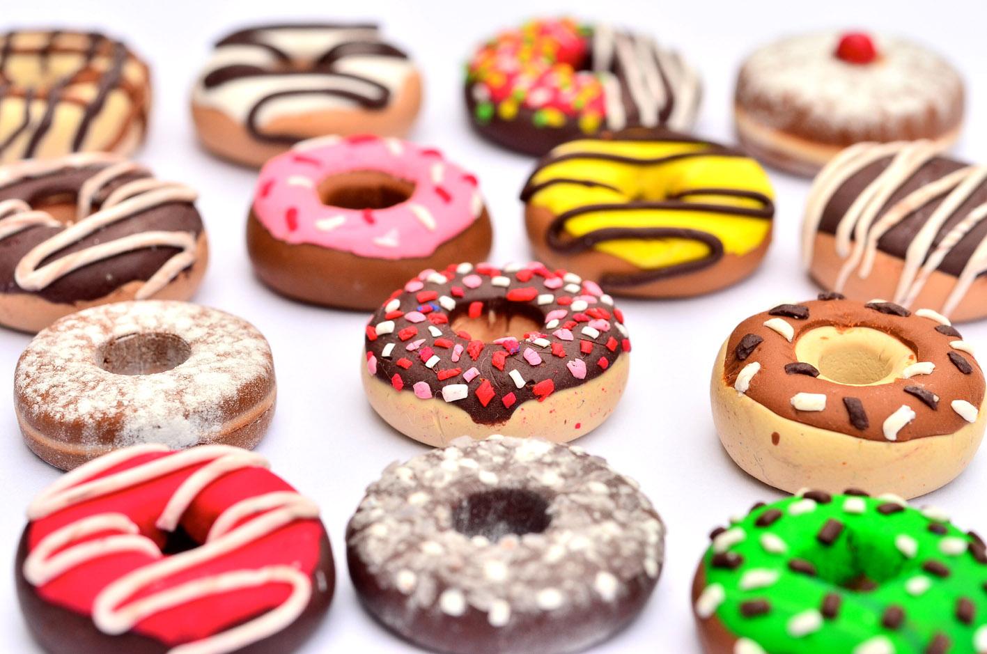 Oui Oui-que llevar de cumpleaños a la oficina-dunkin donuts