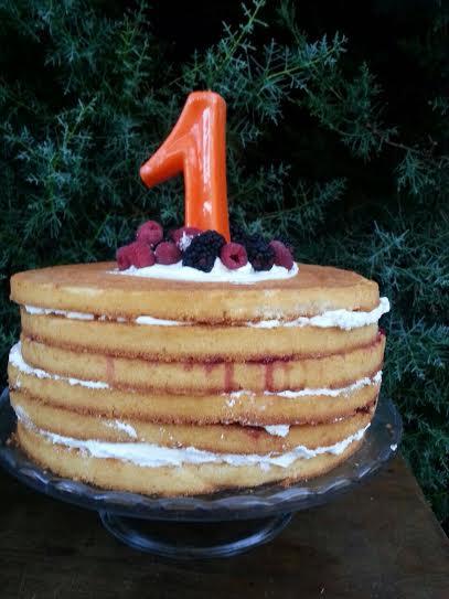 Oui Oui-fiesta cumpleñaos naranja y mint-cumpleaños un año-tarta nude-como hacer un nude cake