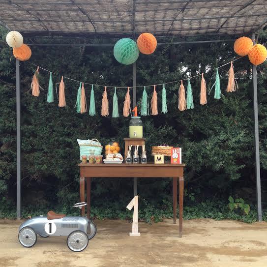 Oui Oui-fiesta cumpleñaos naranja y mint-cumpleaños un año