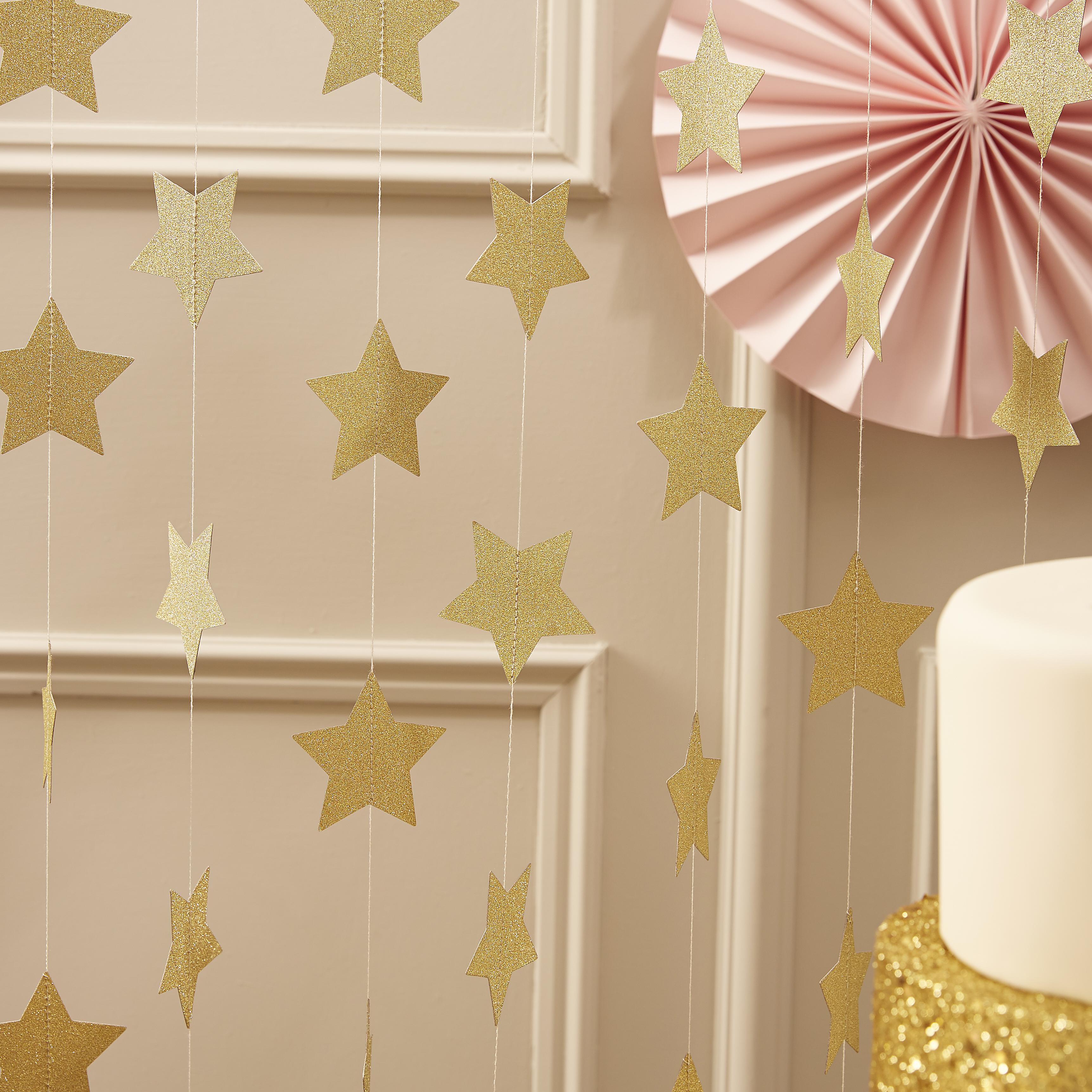 Oui Oui-Colección Rosa y Dorado. Guirnalda estrellas