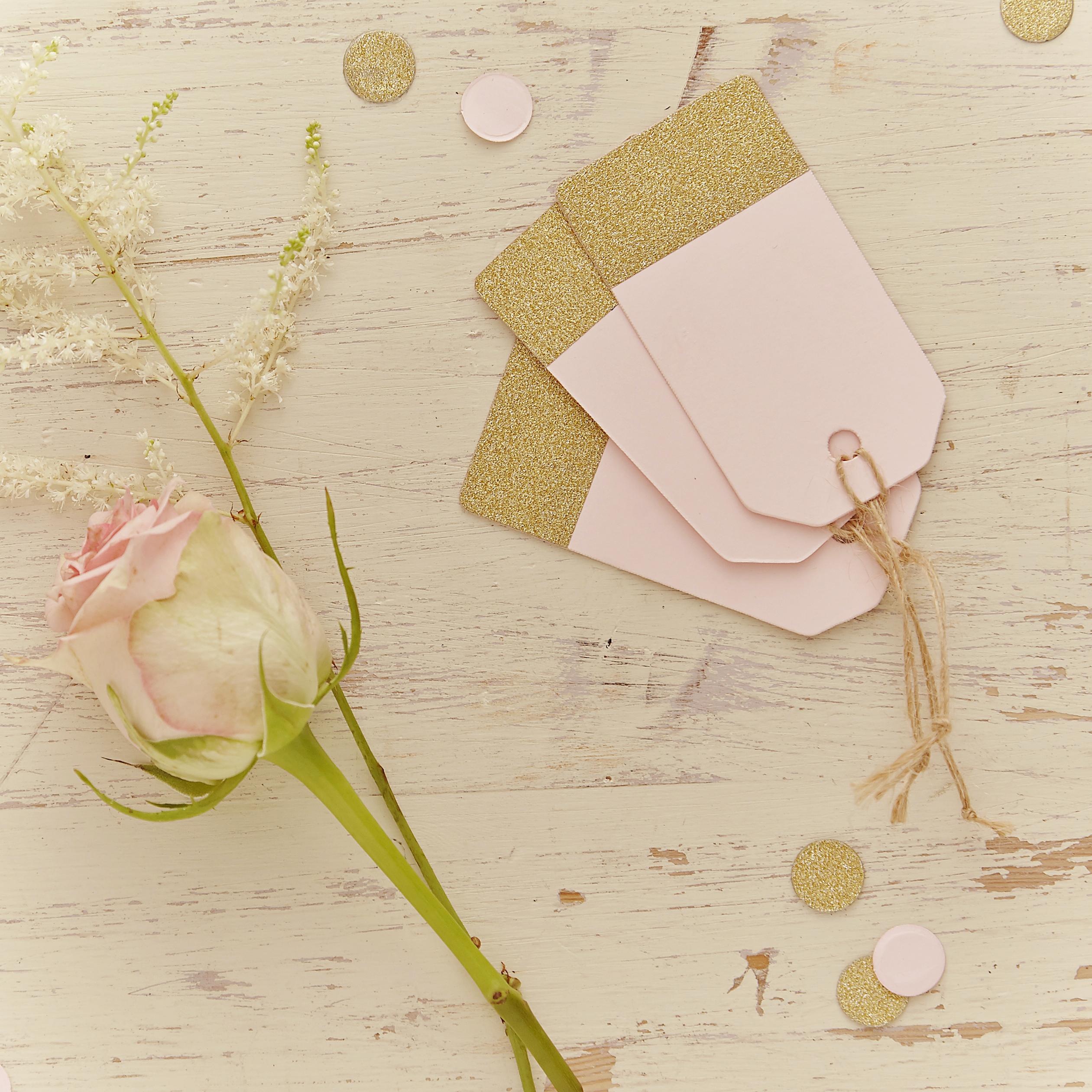 Oui Oui-Etiquetas dorado y rosa 1