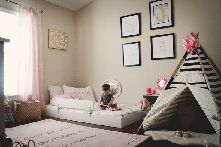en busca de una cama montessori oui oui es superfluo imprescindible. Black Bedroom Furniture Sets. Home Design Ideas
